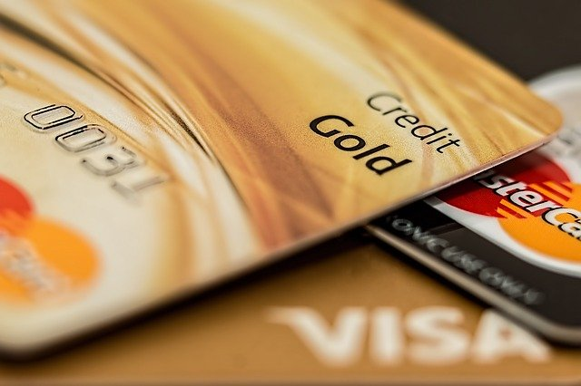 Choosing the Right Credit Cards